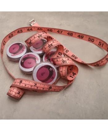 Centimètre couture avec boîte métal 150cm Rose